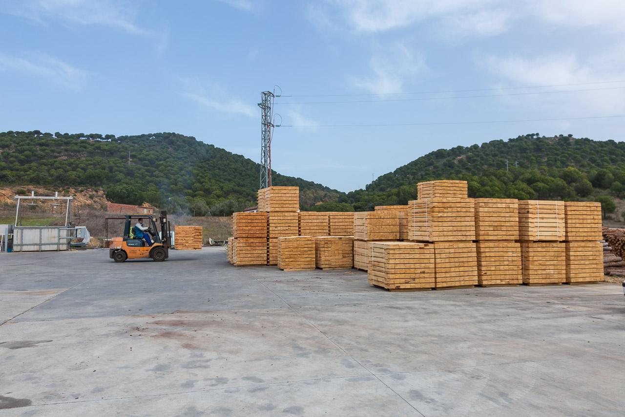 contacto Aserraderos de Villaviciosa Córdoba madera en Córdoba